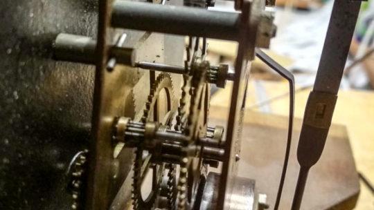 Часы, старинные часы
